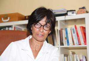 Matilde Garc'a Gord—n, psic—loga que hace un estudio sobre fibromialgia. La Rœa,30 portal 4 1¼ G. Le—n. 04 - agosto - 2015. Secundino PŽrez